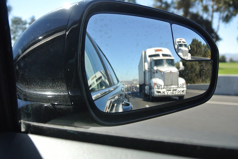 Specchietto retrovisore